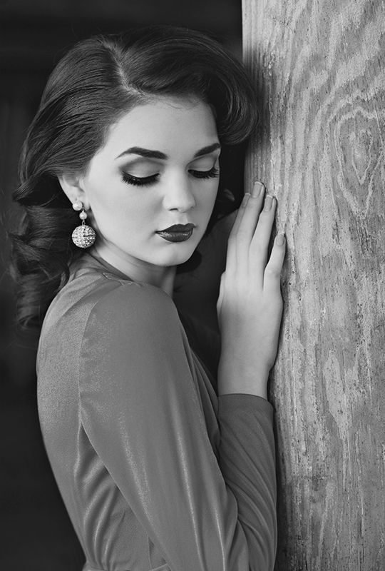 1950's Photoshoot - No idea who this is, but she is beautiful!