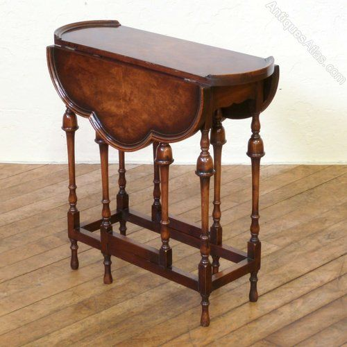 ~ Victorian Walnut Gateleg Table ~ antiques-atlas.com