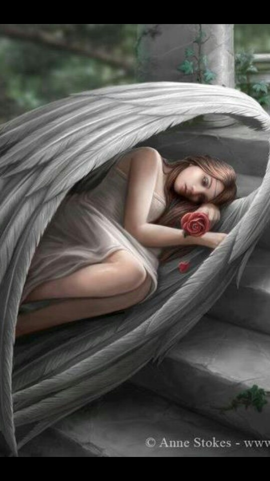 I really love this angel. She looks so peaceful.