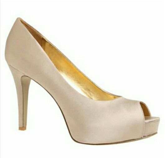 Nine West taupe