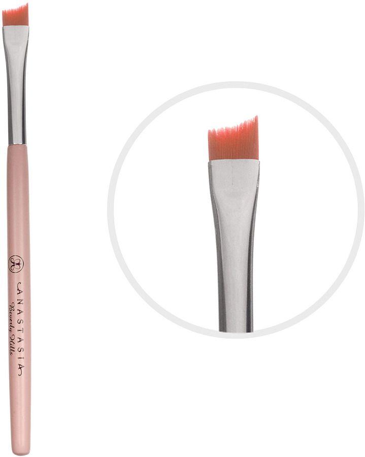 My must have beauty items // Marianna Hewitt Blog LaLaMer.com // anastasia eyebrow brush