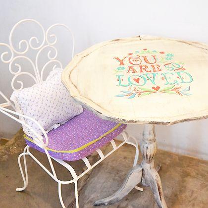 silla de hierro para nios mesita vintage