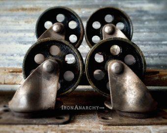 Vieilli roulettes industrielles, roues métal usine panier pivotant meubles