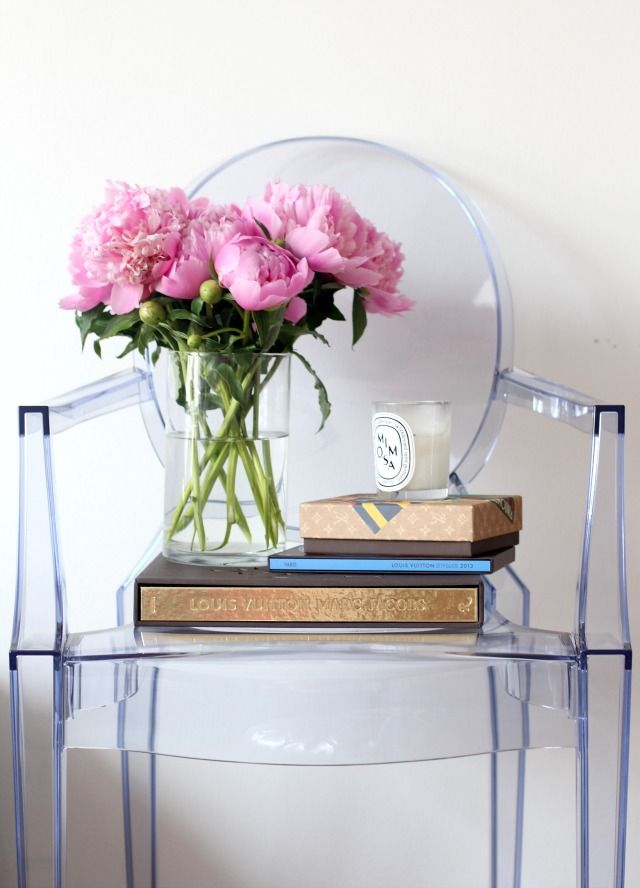 Best 25 Lucite Chairs Ideas On Pinterest Clear Chairs Ghost Chairs And Ghost Chairs Dining