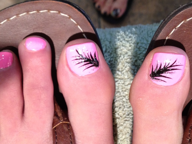 Feather toenail art | Nails | Pinterest | Toenails ...