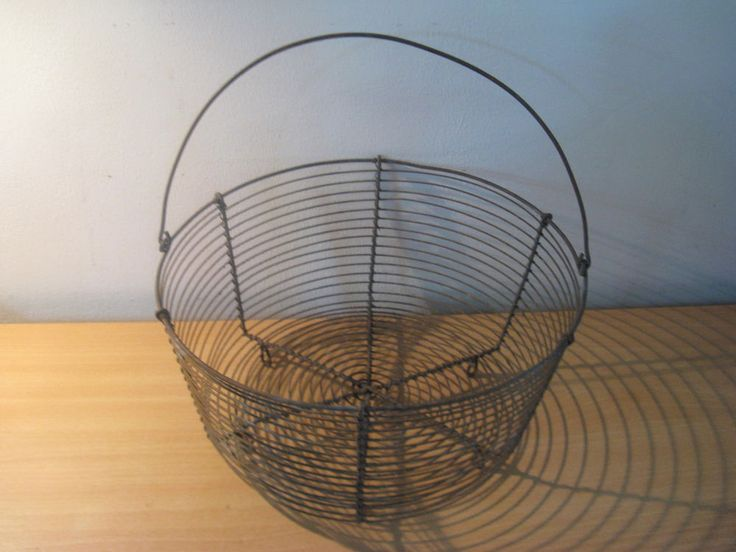 Antique Primitive French Metal Wire Egg / Fruit Basket with Handle... #NaivePrimitive