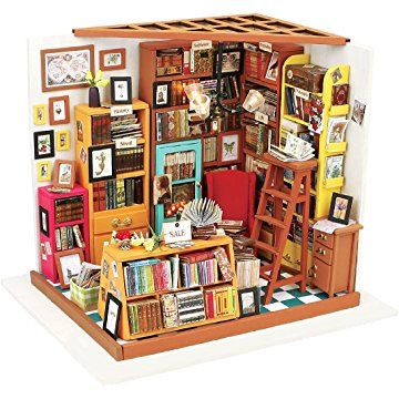 les 25 meilleures id es concernant wooden dollhouse kits. Black Bedroom Furniture Sets. Home Design Ideas