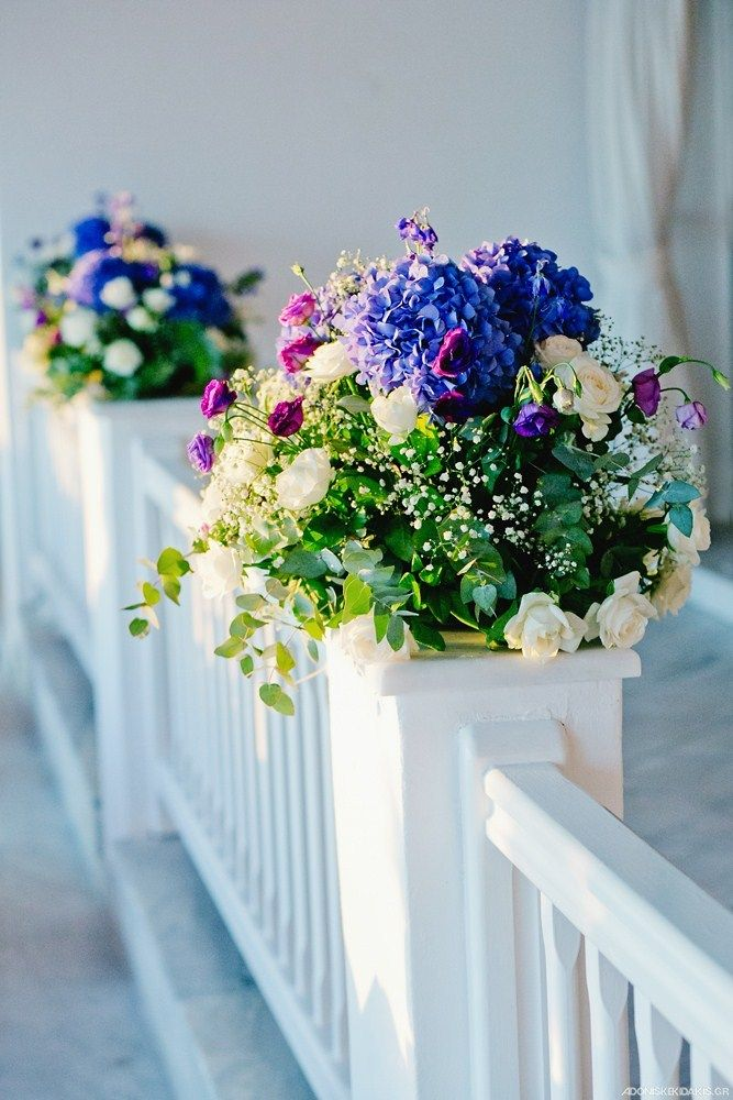 Our wedding planner will propose flower decorations for your wedding party at Mykonos Grand Hotel & Resort