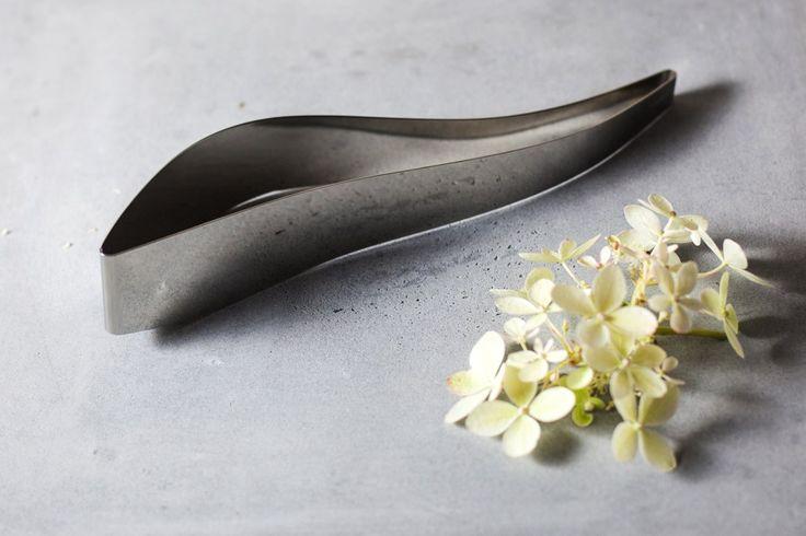 http://www.aitonordic.it/collections/protti-per-cucina-e-per-tavolo/products/servidolce-acciaio-magisso
