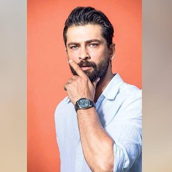 Pin By Natali Bh On Onur Tuna In 2020 Turkish Beauty Turkish Men Turkish Actors