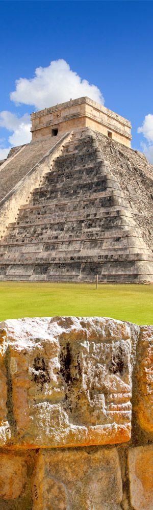El Castillo (Temple of Kukulkan) at Chichen Itzá in Tinum, Yucatán, Mexico • photo: Tono Balaguer on despositphotos