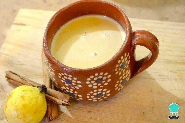 Aprende a preparar atole de guayaba con esta rica y fácil receta. La guayaba es un fruto rico en vitamina C y con el que se pueden preparar gran variedad de...