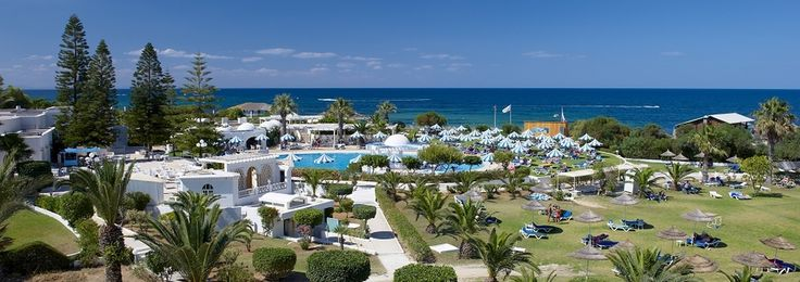 La ville de Sousse abrite l'hôtel IBEROSTAR Diar El Andalous, un hôtel avec forfait Tout inclus au Port El Kantaoui entouré de jardins et situé sur le bord de la plage.