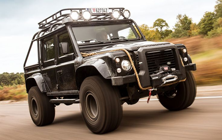 Beloved British car writer and collector Harry Metcalfe has added one hell of a vehicle to his garage: one of the ten Land Rover Defender SVX monster trucks made for that mountain chase scene in the last James Bond movie Spectre. Lucky for us, Metcalfe's taking the opportunity to crawl all over it with a camera.