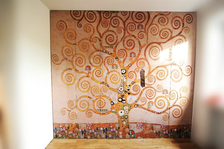 Wordrobe with photo it is our product which each single one is unique. This time is Gustav klimt paint tree of life