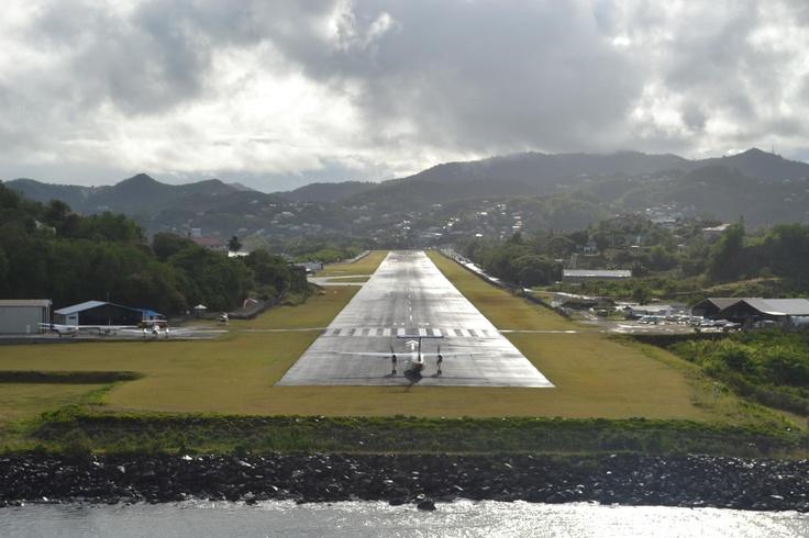 St Lucia Island Airport #placesihavebeen #scarylandingsofalltime