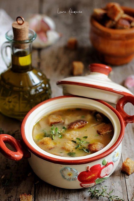 Ciorba de ciuperci champignon retete culinare. Reteta ciorba cu ciuperci champignon. Ciorba de ciuperci cu usturoi si otet. Reteta ciorba.