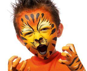 Tiger make up  Tigre maquillage enfant halloween.  Maquillage orange: http://www.feezia.com/univers/accessoires-de-fete/maquillage-1/tube-fard-orange.html   Maquillage Noir: http://www.feezia.com/univers/accessoires-de-fete/maquillage-1/tube-fard-noir.html