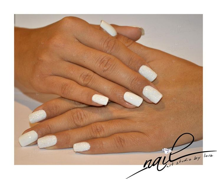 nails white glitter christmas nail art