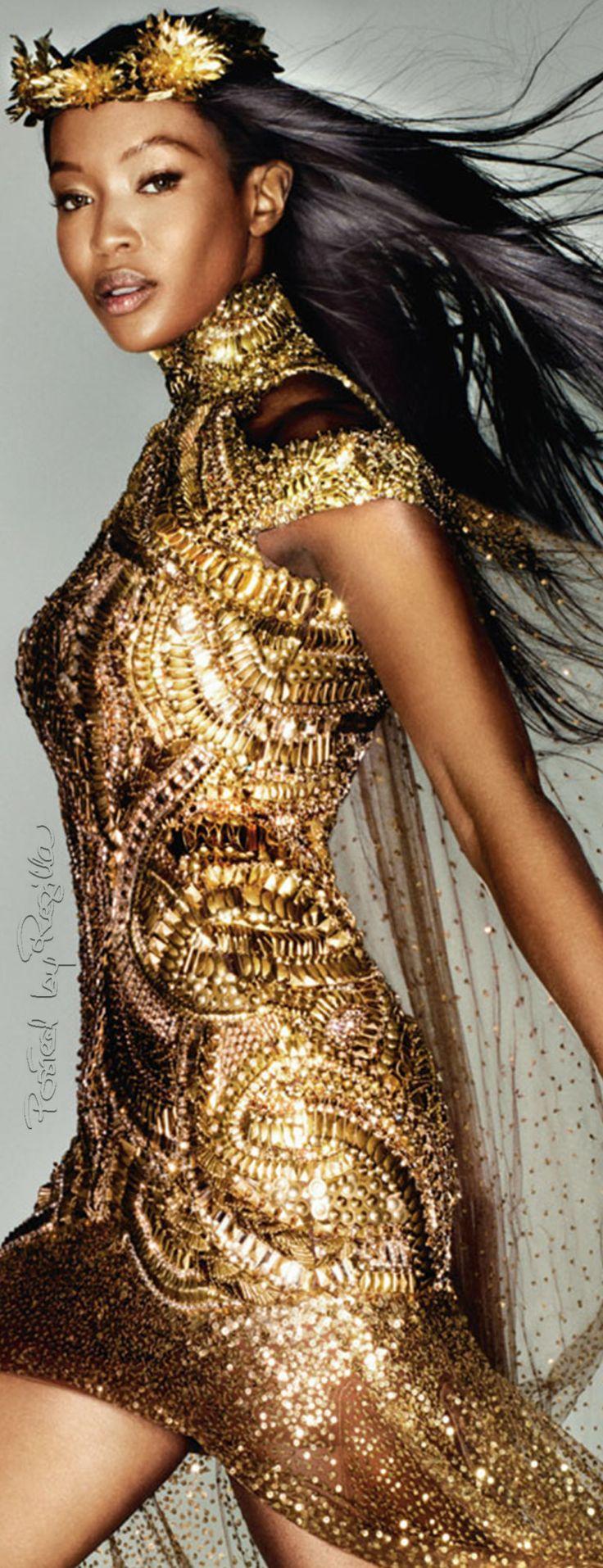 Regilla ⚜ Naomi Campbell