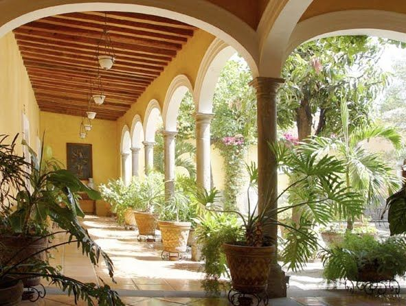 Mexican courtyard i like the arches hacienda love for Spanish hacienda style