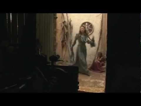 http://rlsbb.fr/game-of-thrones-s03e02-hdtv-xvid-afg/