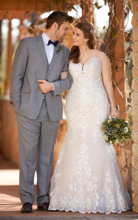 Romantic Vintage Lace Wedding Gown in 2019 | Essense of Australia ...
