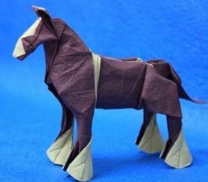 Animal Origami Horse 300x262 Animal   Origami Horse