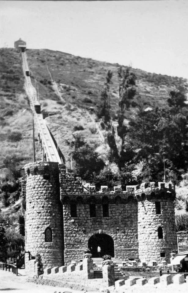 SUBIDA EN FUNICULAR AL CERRO DE SAN CRISTOBAL, 1929. CHILE