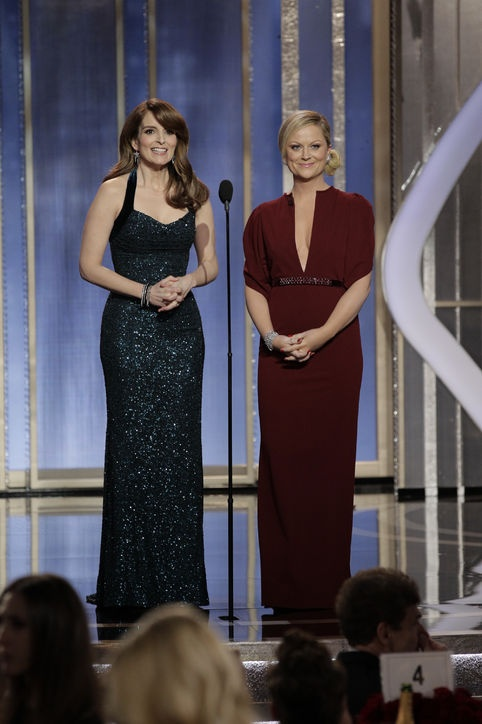 Amy Poehler's Golden Globes Fashion, love her deep red gown!
