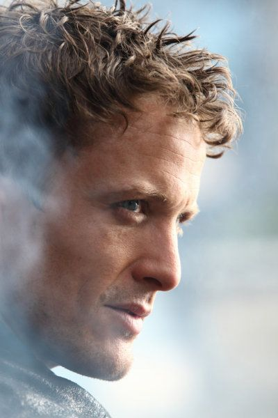 David Lyons  - basically THE only good thing about Revolution.  To make such strong choices and excel among such mediocrity is pretty fantastic.
