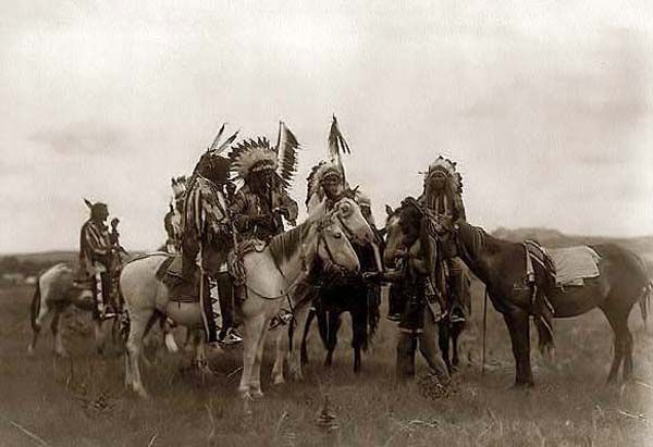 Old Picture of the Day: Sioux Warriors
