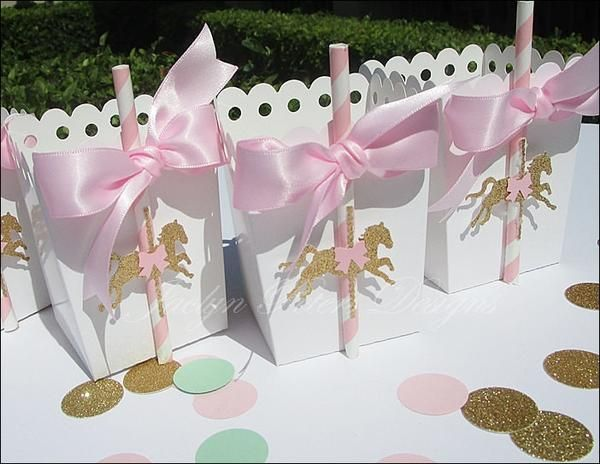Celebrate her baby shower or first birthday party with pink and gold glitter horse carousel favors boxes. These gorgeous, hand made popcorn style boxes are a mu