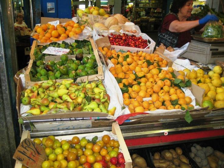 Frutta - molti colori - Rome, Lazio