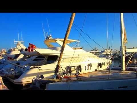 PUERTO BANÚS ANDALUCÍA 💙💙🎶🎵🎼   SEXY CARS,SEXY BOTHS & SEXY PEOPLES 2016 mp4