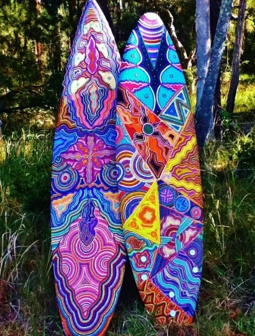 Boards painted with Australian Aboriginal - gorgeous!!!