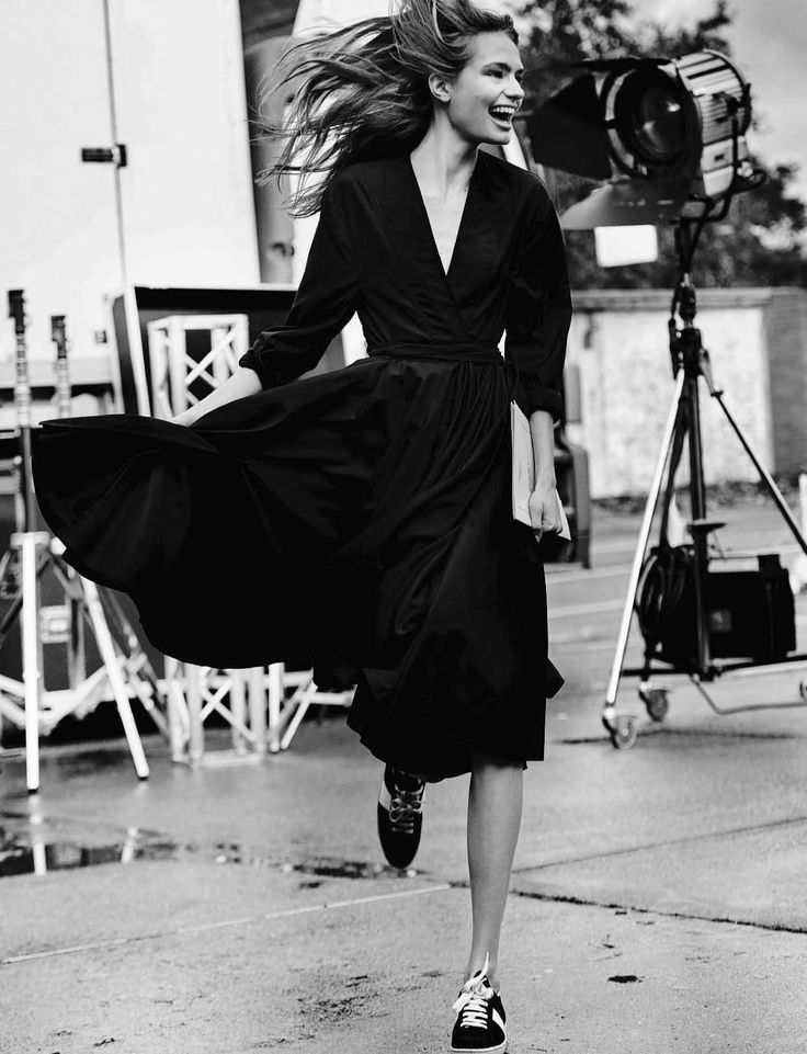 """Anna Mila in """"Giggle"""" for Vogue...March. 2016 by. Mario. Testino"""