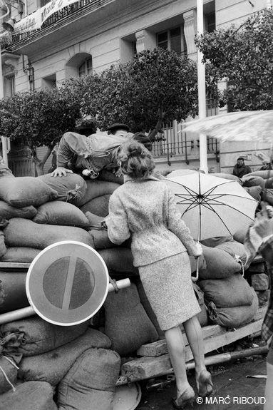 Marc RIBOUD :: Alger, janvier 1960