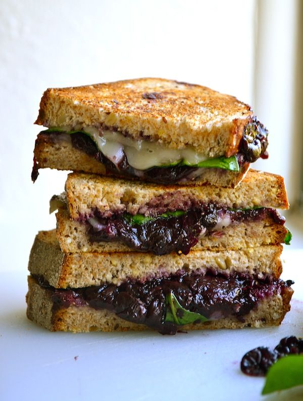 Balsamic Blueberry Grilled Cheese from Rachel Schultz  Serves 2  1 cup blueberries 2 tablespoons balsamic vinegar 3 tablespoons brown sugar 4 slices wheat bread 1 cup spinach 4 slices havarti Ground pepper