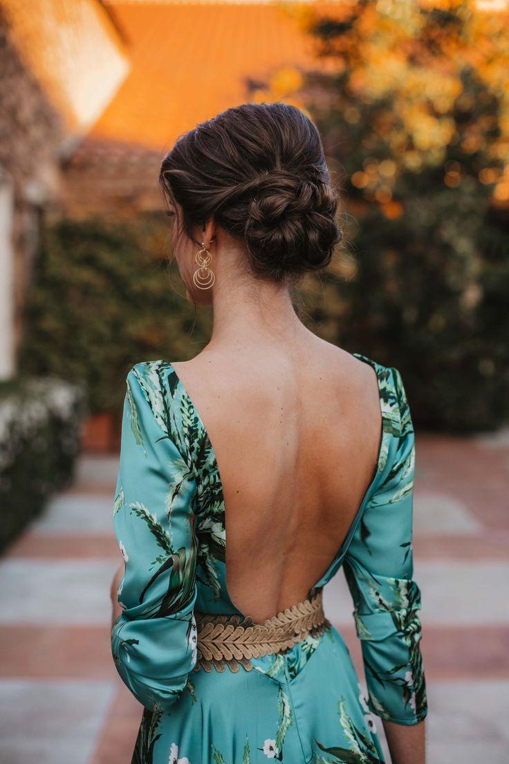 Espectacular peinados para bodas invitadas 2021 Imagen De Cortes De Pelo Tendencias - Look invitada de noche: estampado tropical   Invitada ...