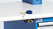 """Lista ofrece un sistema completo de """"bancos de trabajo electronicos ESD"""", """"estaciones de trabajo Arlink® 8000"""", y """"gabinetes"""" para áreas que requieren protección contra ESD y un ambiente seguro sin estática."""