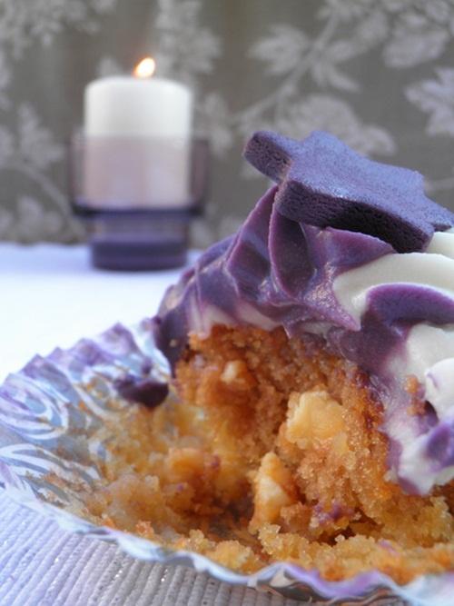 Cupcakes de ciruela y chocolate para Navidad (o Halloween)