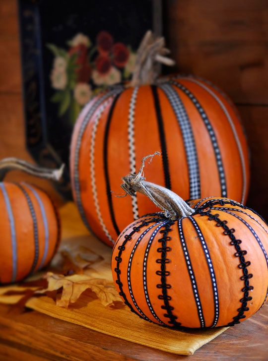 decorate pumpkins with sewing supplies ribbon and rickrack pumpkin via all people quilt - Halloween Pumpkin Decor