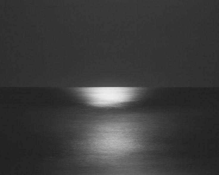 hiroshi sugimoto seascapes   Hiroshi Sugimoto seascapes :: Film & Photography School
