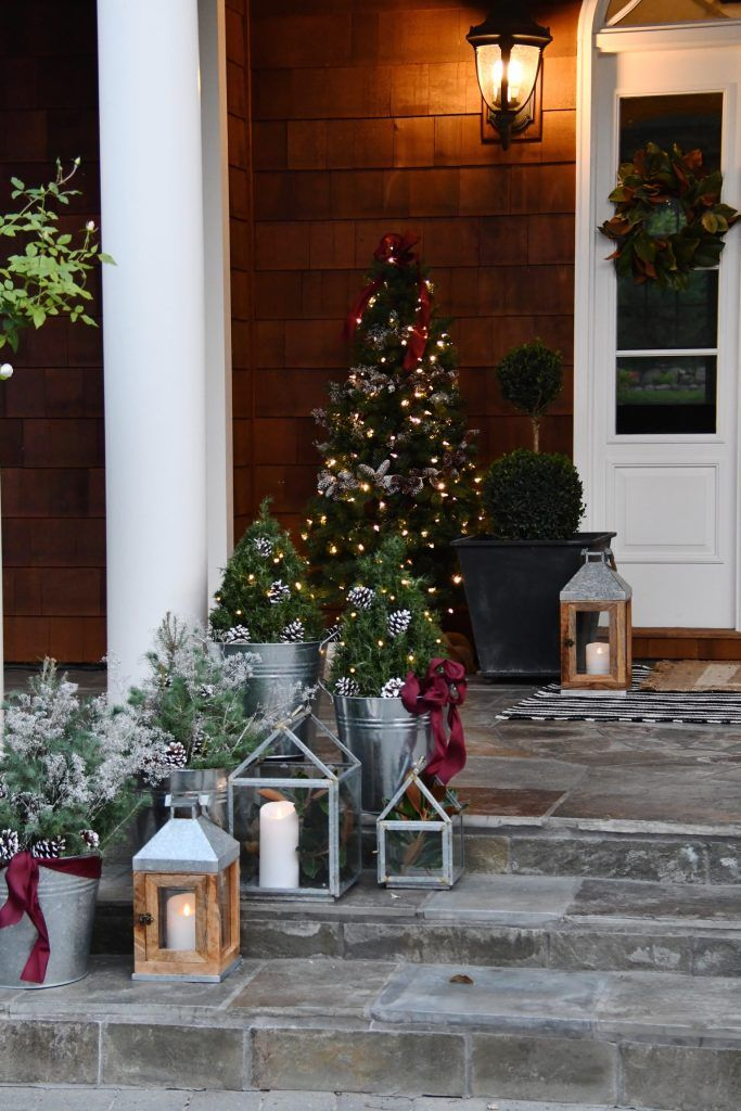Lowes Christmas Decorations 2019 How To with Lowe's: The Most Incredible Christmas Front Porch