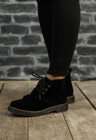 Womens New Black Desert Boots from Revolva - love these boots :3