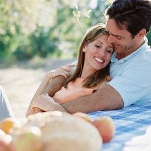 Important Relationship Tips To Have In Mind.. Taking care of a relationship can be quite a commitment. It takes a hundred percent effort, not only for one, but also for both partners. A 50-50 setup will not work. Those who yearn to stay in a long-term relationship should heed these important tips. - See more at: http://www.seconddatetips.org/important-relationship-tips-to-have-in-mind/#sthash.I0oNJynw.dpuf