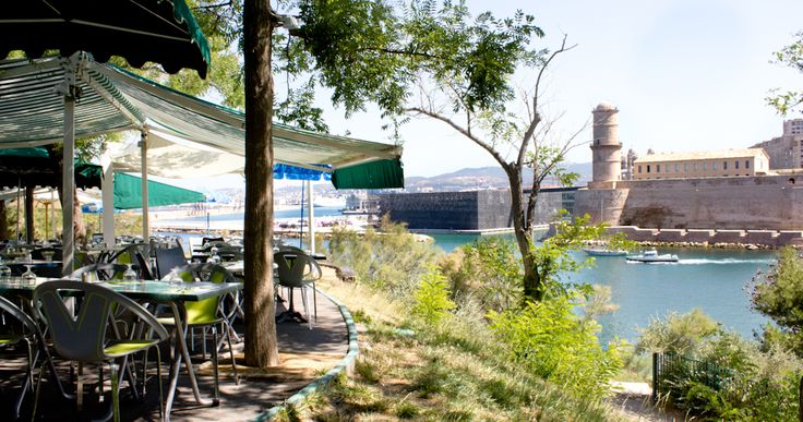 Le chalet du Pharo - Restaurant à Marseille dans les Jardins du Pharo #travel #withkids