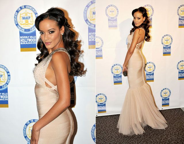 Look of the Day: Curves for Days. Victoria's Secret Angel Selita Ebanks dazzled the red carpet in a Hervé Léger champagne-colored figure-hugging mermaid gown at the 22nd Annual NAACP Theatre Awards in LA. #stylestars