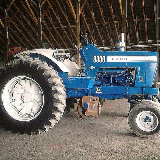 1972 Ford 9000 Tractor : Pulling the ford farm stock tractors